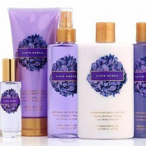 Victoria's Secret Secret Garden Collection Exhilarating Body Wash