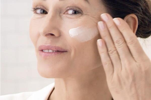 Najbolji serumi i kreme s retinolom