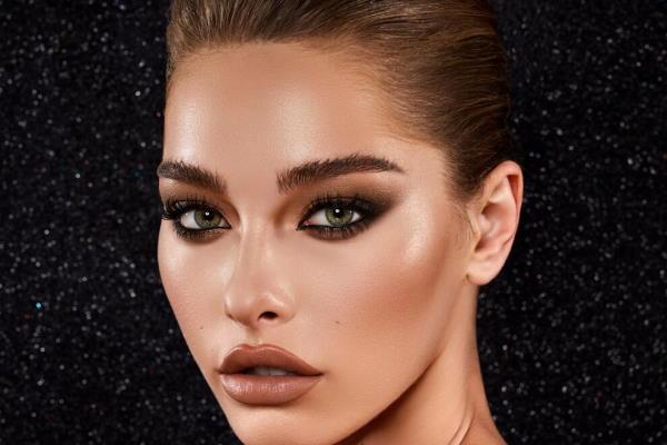 Moderno šminkanje za zelene oči